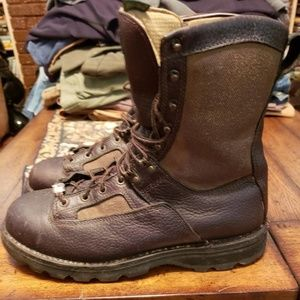 Cabela's mens hunting boots size 10.5D
